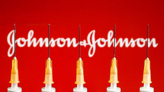 Trust in Johnson & Johnson Vaccine Plummets After CDC 'Pause,' Poll Finds