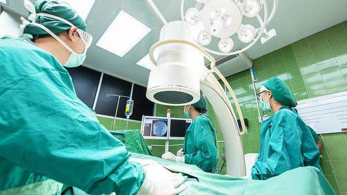 Most Surgeons in Pain After Surgery, New Research Finds